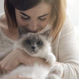 Gatto e proprietaria
